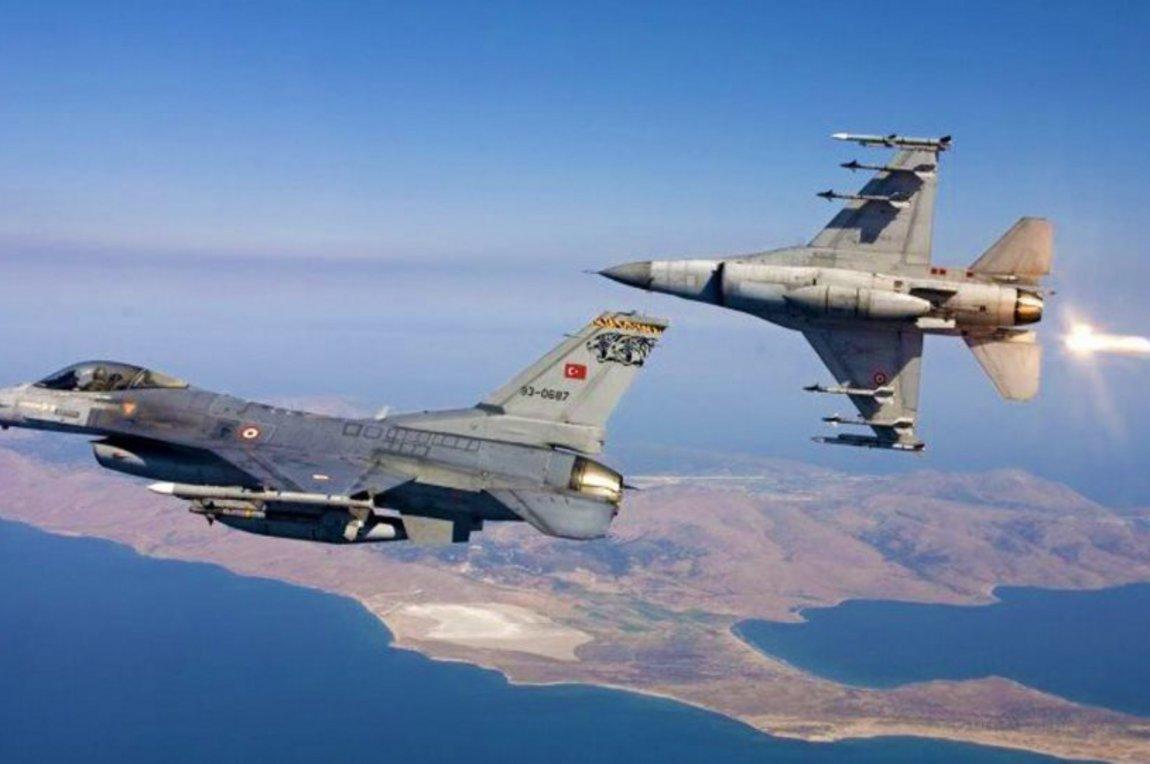 Συνεχίζονται οι τουρκικές προκλήσεις: Νέες υπερπτήσεις F-16 πάνω από τρία ελληνικά νησιά