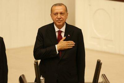Ο Ερντογάν ορκίστηκε «σουλτάνος» και απόλυτος κυρίαρχος της Τουρκίας