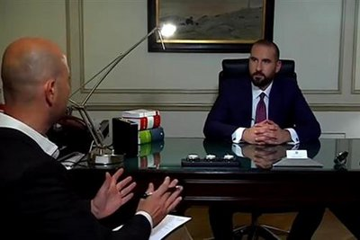 Τζανακόπουλος για τους δύο στρατιωτικούς: Εξαντλούμε όλα τα μέσα που έχουμε στη διάθεσή μας για να απελευθερωθούν