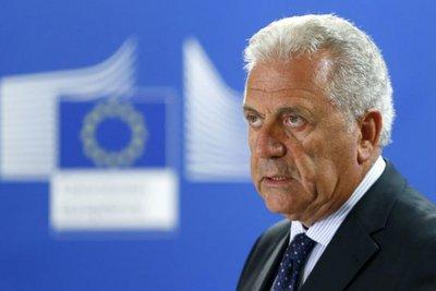 Αβραμόπουλος: «Δεν πρέπει να συγχέεται το μεταναστευτικό με την τρομοκρατία»