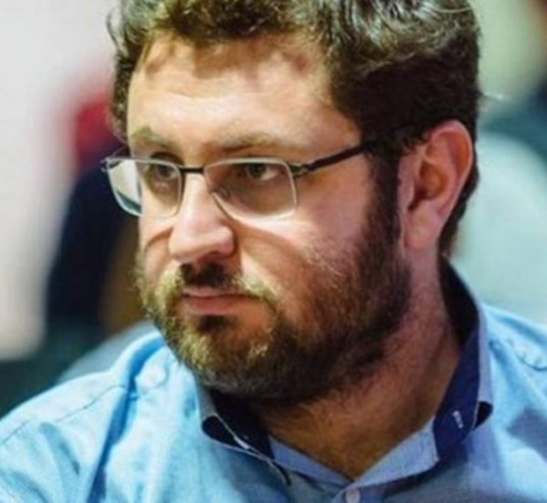 Ζαχαριάδης: Η κυβέρνηση κάνει τα χατίρια του ΣΕΒ και των ισχυρών εργοδοτών