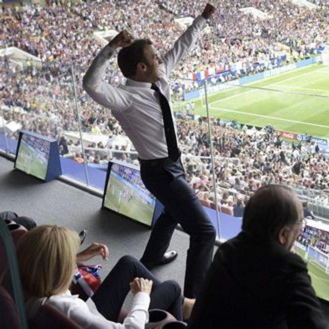 Ο πανηγυρισμός του τελικού: Ο πρόεδρος της Γαλλίας όπως δεν τον έχουμε ξαναδεί!