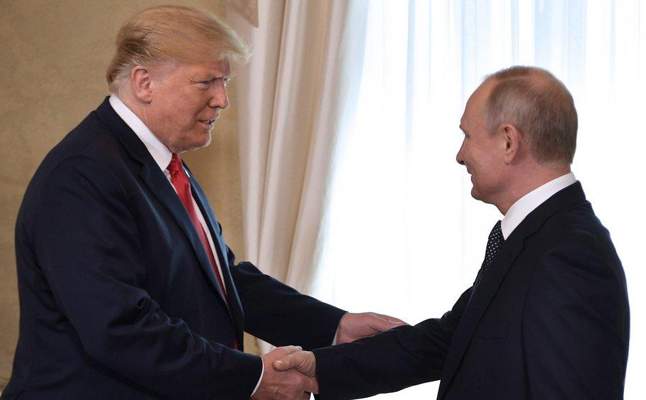 Την πιθανότητα νέας συνάντησης Τραμπ - Πούτιν συζήτησαν οι κορυφαίοι σύμβουλοι ασφαλείας των δύο χωρών