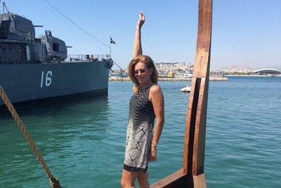 Έπεσε στη θάλασσα από την τρίηρη «Ολυμπιάς» η Ευγενία Μανωλίδου