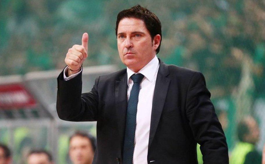 Ο Τσάβι Πασκουάλ προπονητής της χρονιάς στην Ελλάδα