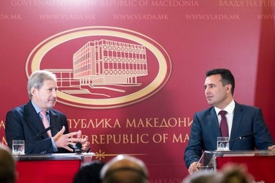 Έναρξη διαπραγματεύσεων με πΓΔΜ-Αλβανία για ένταξη στην ΕΕ - Χαν: Έχετε ραντεβού με την ιστορία