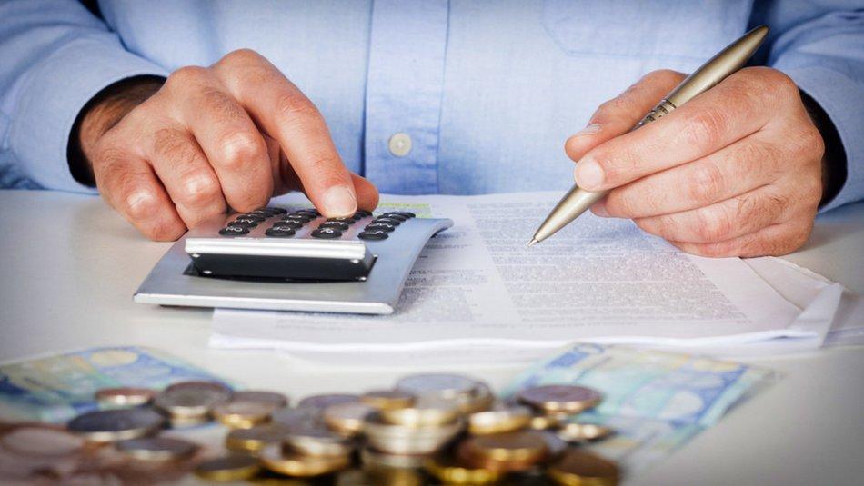 Όλες οι αλλαγές στη ρύθμιση των 120 δόσεων για επαγγελματίες και επιχειρήσεις