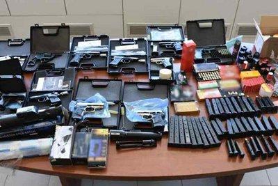 Άλλες 22 συλλήψεις για το κύκλωμα λαθρεμπορίας όπλων στην Κρήτη