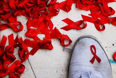 ΟΗΕ: Επικίνδυνος ο εφησυχασμός για την αντιμετώπιση του AIDS