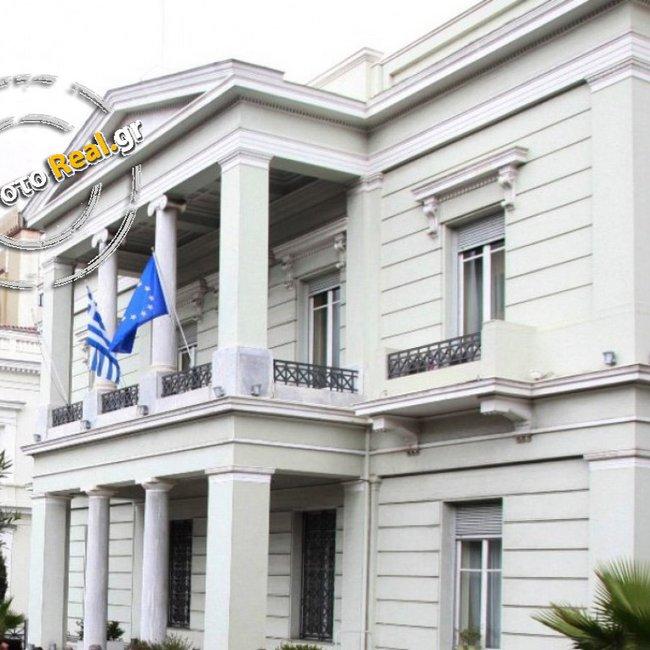 Διπλωματικές πηγές στο real.gr: Δυσαρέσκεια για την προσέγγιση Μόσχας - Άγκυρας