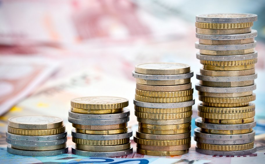 Προϋπολογισμός: Αντοχή στα έσοδα – Πρωτογενές έλλειμμα 3,4 δισ. το α΄τρίμηνο