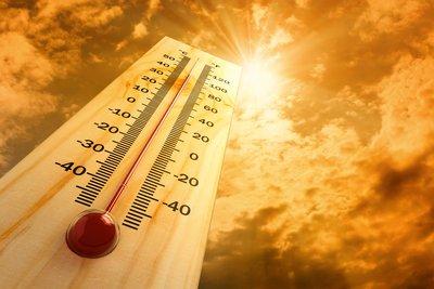 Υψηλές θερμοκρασίες σε όλη τη χώρα - Εως 40 βαθμούς η θερμοκρασία