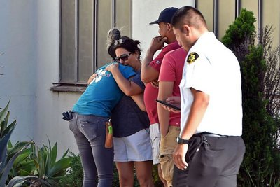 Καλιφόρνια: Ένοπλος σκότωσε την γιαγιά του και κράτησε 40 ομήρους μέσα σε σούπερ μάρκετ