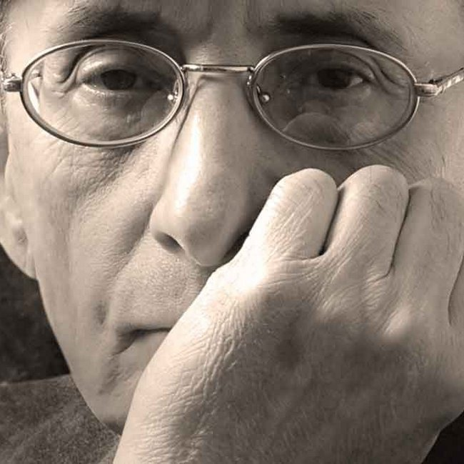 Πέθανε ο Μάνος Ελευθερίου - Καλλιτέχνες και πολιτικοί θρηνούν τον σπουδαίο ποιητή και στιχουργό