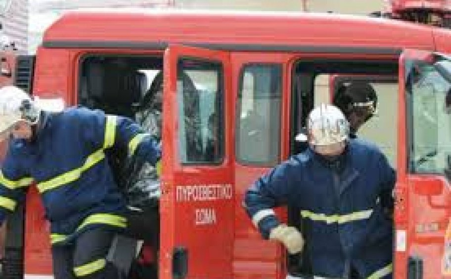 Μεγάλη πυρκαγιά τα ξημερώματα στο Μεταξουργείο - Κάηκε ολοσχερώς βιοτεχνία
