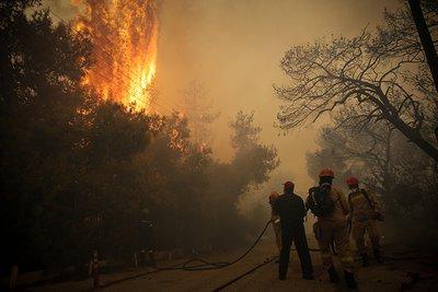 Συγκλονίζει η μαρτυρία κατοίκου της Κινέτας στον realfm για τη φωτιά