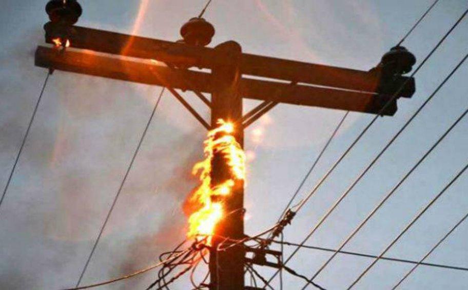 Ο ΔΕΔΔΗΕ για τις διακοπές ηλεκτρικού ρεύματος λόγω των πυρκαγιών