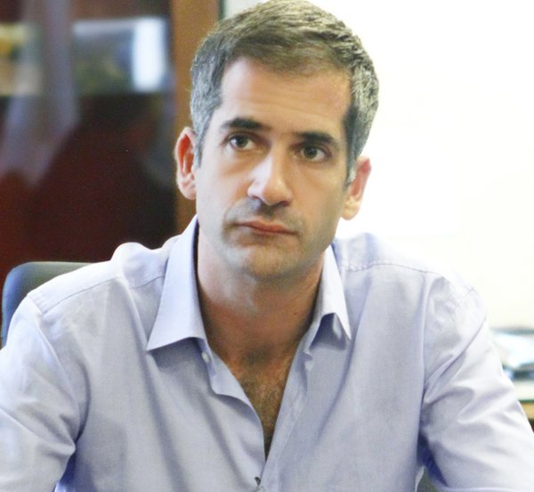 «Γκαζώνει» για το δήμο της Αθήνας ο Κώστας Μπακογιάννης