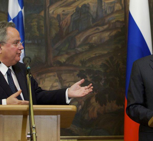 Τρία «αγκάθια» στις σχέσεις με τη Μόσχα