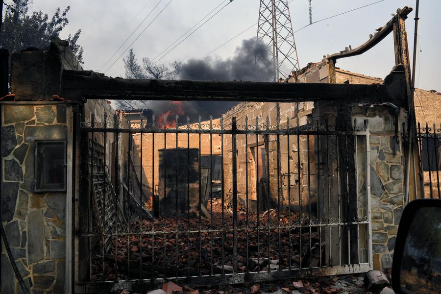 24b8b6d630e0 Στους εισαγγελείς ο κατάλογος με τα ονόματα των θυμάτων της φονικής  πυρκαγιάς