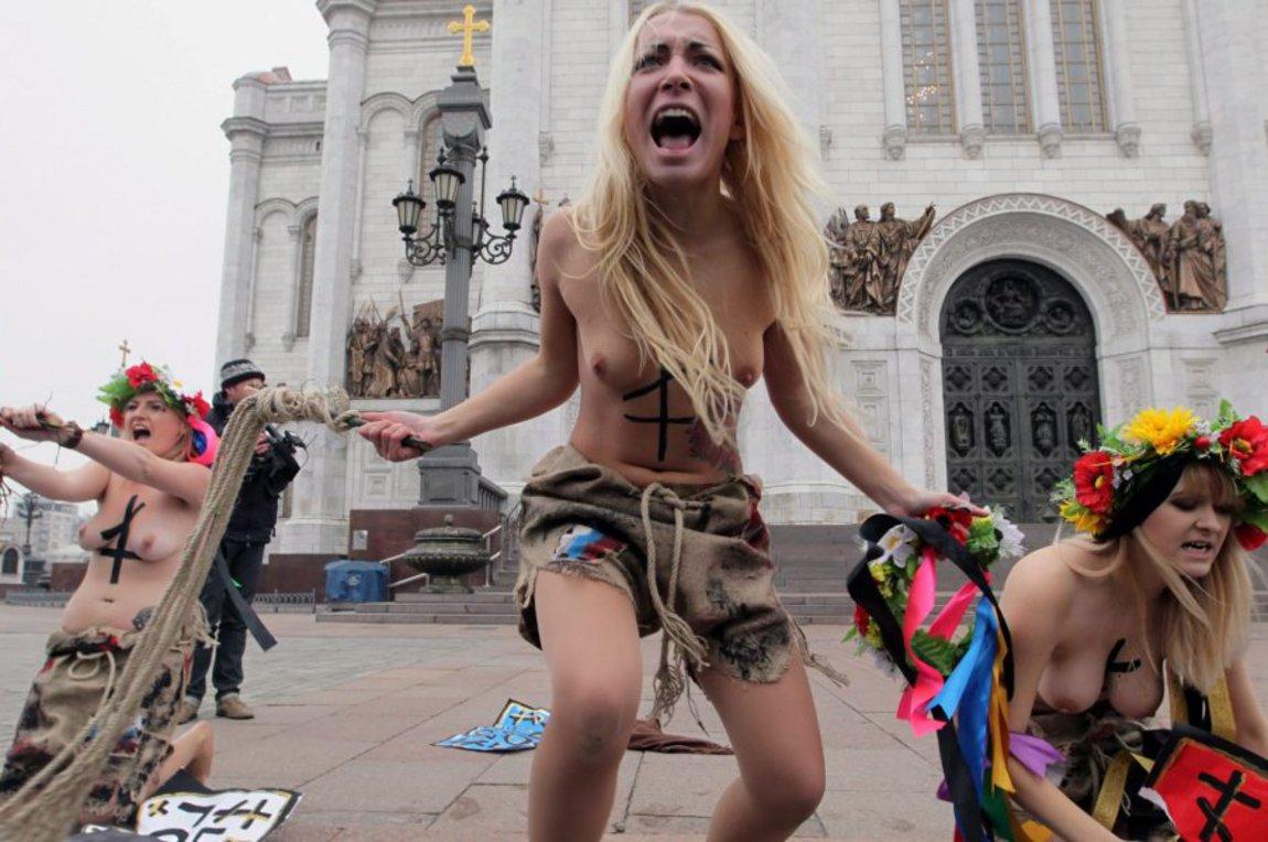 νεαρές κυρίες γυμνές φωτογραφίες μέρη