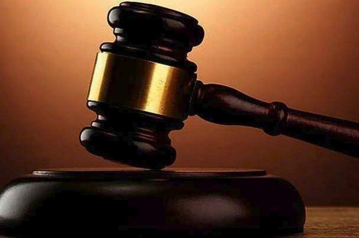 Ποινική δίωξη σε βάρος δύο δημοσιογράφων για την υπόθεση «περούκα gate»