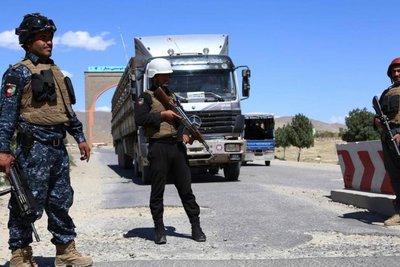 Αφγανιστάν: Τουλάχιστον 10 νεκροί από εισβολή Ταλιμπάν σε βάση του στρατού
