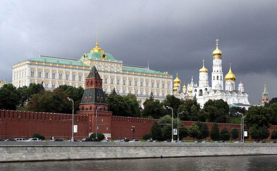 Παρέμβαση Κρεμλίνου: Θα υπερασπιστούμε τα συμφέροντα των ορθοδόξων στην Ουκρανία