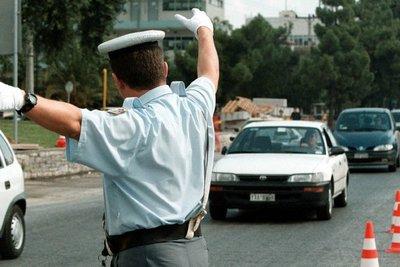 Αυξημένα μέτρα ενόψει Δεκαπενταύγουστου - Απαγόρευση κίνησης φορτηγών το απόγευμα