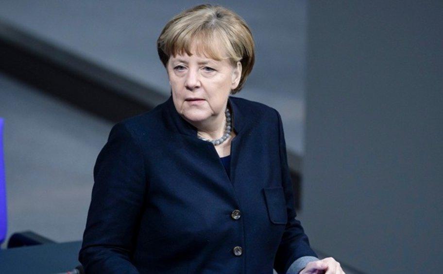 Βελτίωση της λειτουργίας της κυβέρνησης υποσχέθηκε η καγκελάριος Μέρκελ