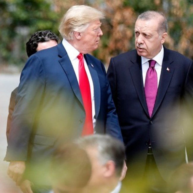 Καθημερινές «μαχαιριές» από Τραμπ στην διαλυμένη Τουρκία: Παγώνει και την πώληση των F-35