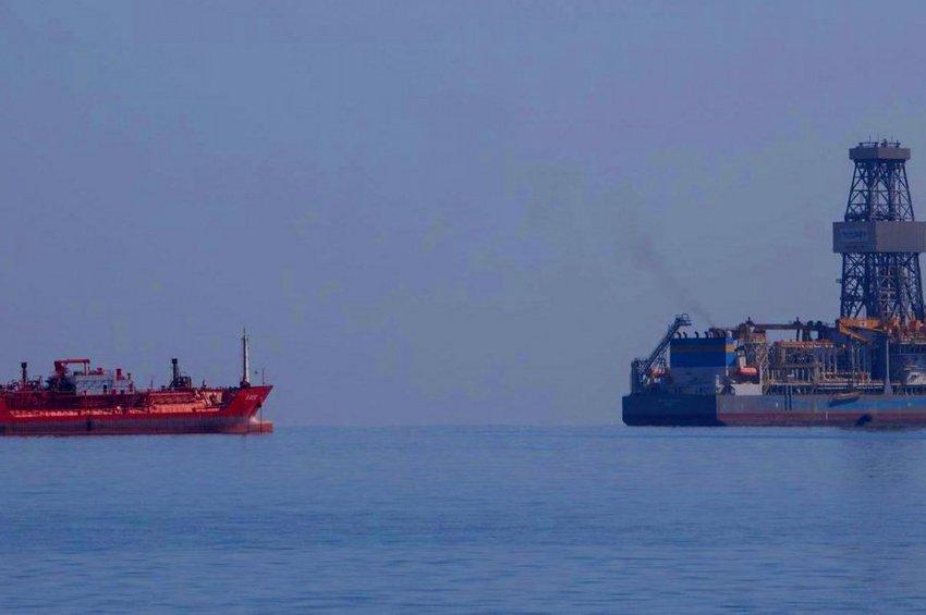 Ο Ερντογάν προσπαθεί να «εξάγει» την κρίση - Βγάζει τουρκικό γεωτρύπανο ενώ η ExxonMobil ξεκινά γεωτρήσεις στην Κύπρο