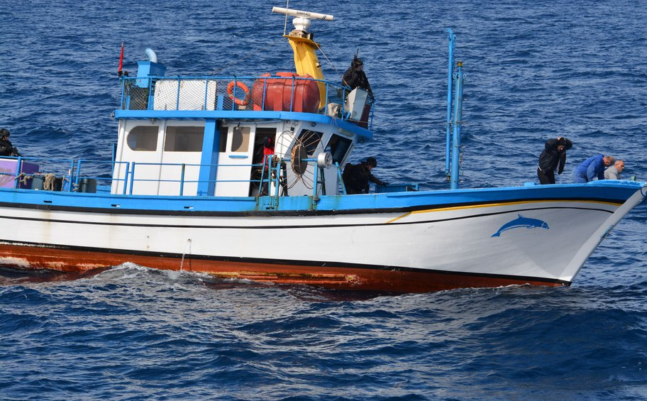 Νέο επεισόδιο στο Αιγαίο: Τούρκος πυροβόλησε Έλληνα αλιέα στα ανοιχτά της Σαμοθράκης