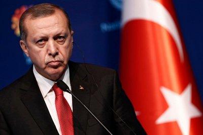 Die Welt: Πώς ο Eρντογάν θέλει να κερδίσει τα Βαλκάνια αλλά αποτυγχάνει