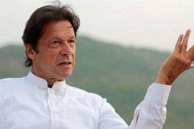 Νέος πρωθυπουργός του Πακιστάν ο πρώην πρωταθλητής του κρίκετ Ίμραν Χαν