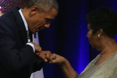 Το συγκινητικό «αντίο» του Μπαράκ Ομπάμα στην Αρίθα Φράνκλιν