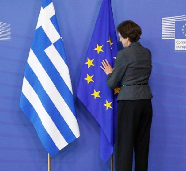 Economist: Η οκταετής οδύσσεια της Ελλάδας αποδεικνύει τα ελλείμματα της EE