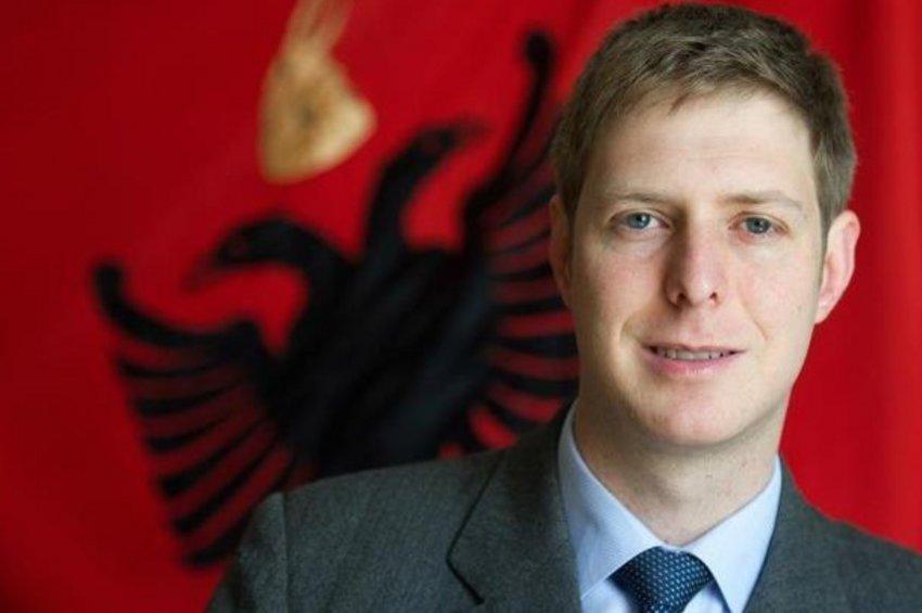 Ο πρίγκιπας Λέκα της Αλβανίας θέλει μια «Μεγάλη Αλβανία» όπου θα βασιλεύει ο ίδιος!