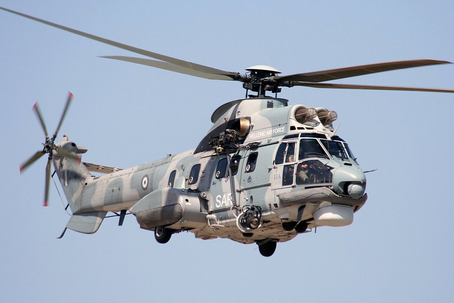 Ταΰγετος: Καρέ καρέ η επιχείρηση διάσωσης ορειβατών από Super Puma