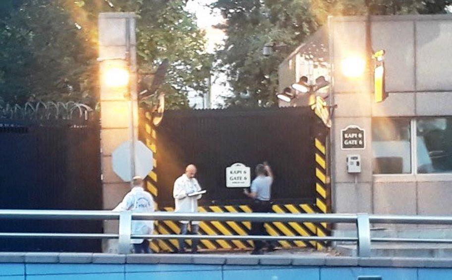 Πυροβολισμοί έξω από την πρεσβεία των ΗΠΑ στην Άγκυρα