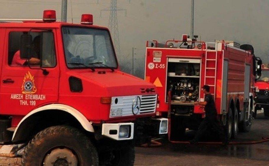 Φωτιά στην κορυφογραμμή ανάμεσα σε νομό Ηρακλείου και Ρεθύμνου