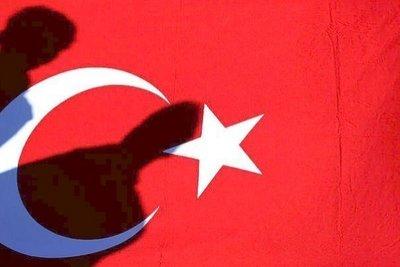 «Kαλπάζει» η αισχροκέρδεια στη Τουρκία