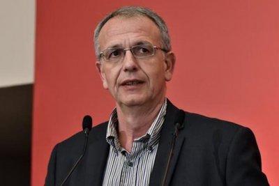«Όποιος έχει την άποψη ότι δεν υπάρχει κυβερνητική πλειοψηφία ας έρθει στη Βουλή» δηλώνει ο ΑΝΥΕΘΑ Παναγιώτης Ρήγας