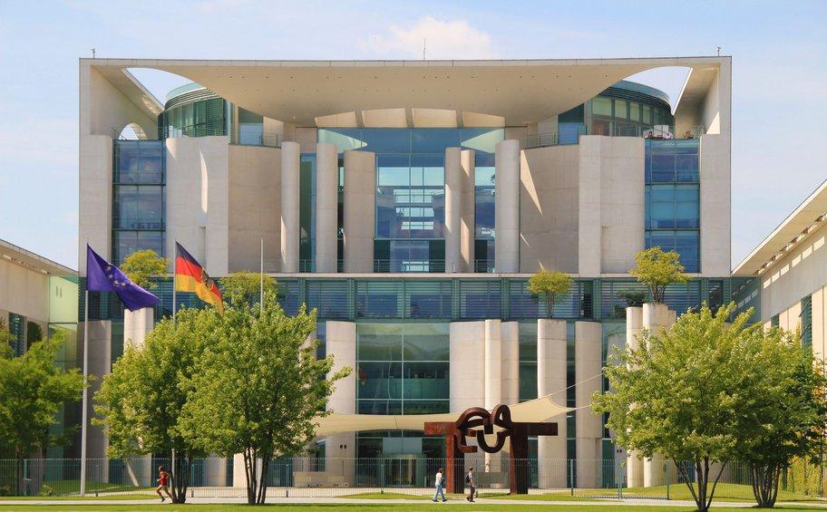 Ασχολίαστες άφησε το Βερολίνο τις δηλώσεις Ντράγκι περί νέων μέτρων στήριξης της ευρωζώνης