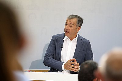 Θεοδωράκης για Σκοπιανό: Θέλουμε λύση, αλλά αυτό δεν σημαίνει ότι θα σιωπούμε στα παράλογα που λένε οι γείτονες μας