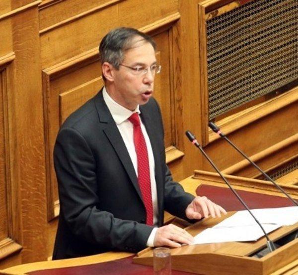 «Το Ποτάμι θα ψηφίσει την κύρωση της συμφωνίας των Πρεσπών», τονίζει ο γγ του κόμματος Γ. Μαυρωτάς