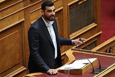 Θύμα ξυλοδαρμού ο Κωνσταντινέας: Δέχθηκα επίθεση από ακροδεξιούς