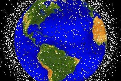 Περισσότερα από 20.000 μεγάλα διαστημικά «σκουπίδια» απειλούν τη Γη