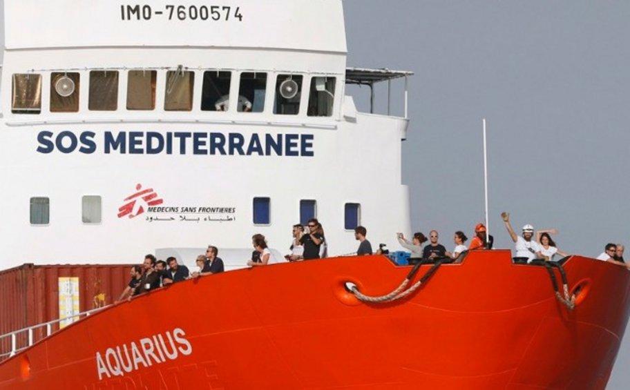Γαλλία: Το πλοίο Aquarius ζητά λιμάνι για να αποβιβάσει τους μετανάστες - «Δεν μπορούμε να τους δεχθούμε» λέει ο Γάλλος ΥΠΟΙΚ