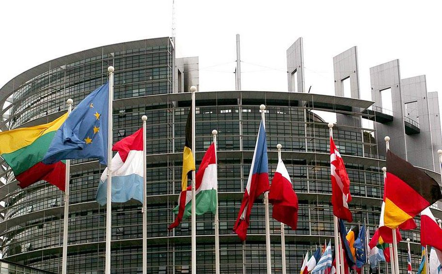 Η ΕΕ στέλνει διασώστες στη Βηρυτό μέσω του μηχανισμού πολιτικής προστασίας